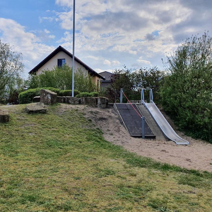 Bild 4: Spielplatz Loe-Auen