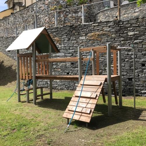 Bild 5: Spielplatz Mergoscia