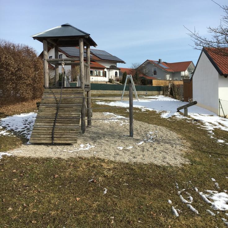 Bild 1: Spielplatz Mesnerhausweg - Zell