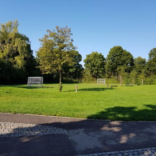 Bild 6: Spielplatz Mittersendling