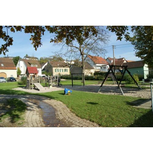 Bild 1: Spielplatz Ortsmitte