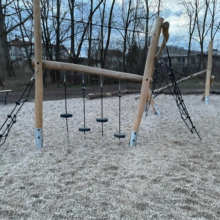 Bild 7: Spielplatz Schenkenberg