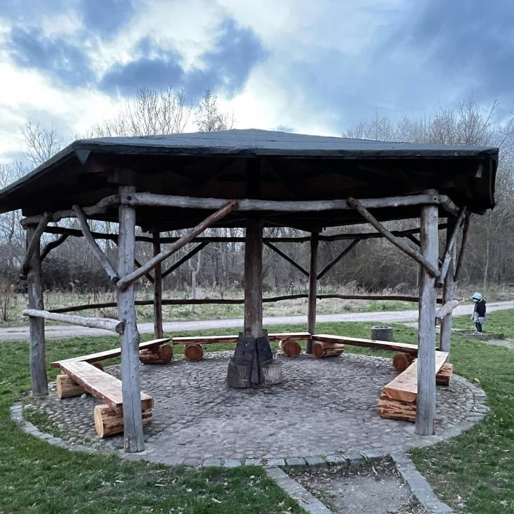 Bild 9: Spielplatz Schenkenberg