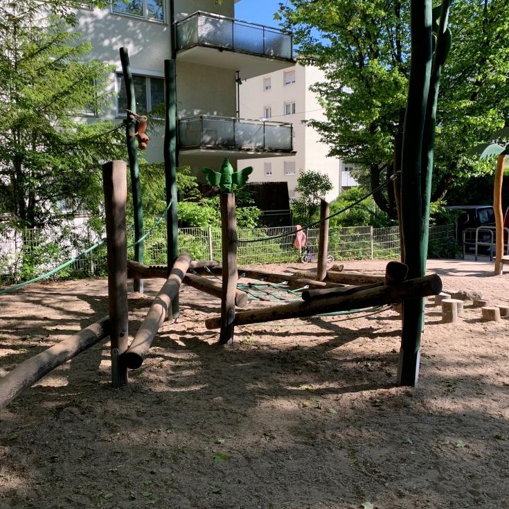 Bild 5: Spielplatz Seestraße