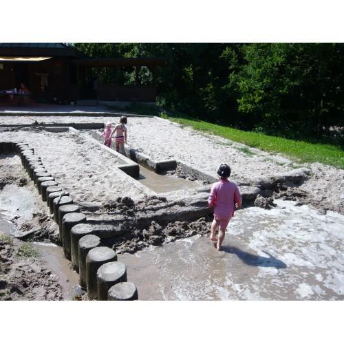 Bild 1: Spielplatz Tapachtal