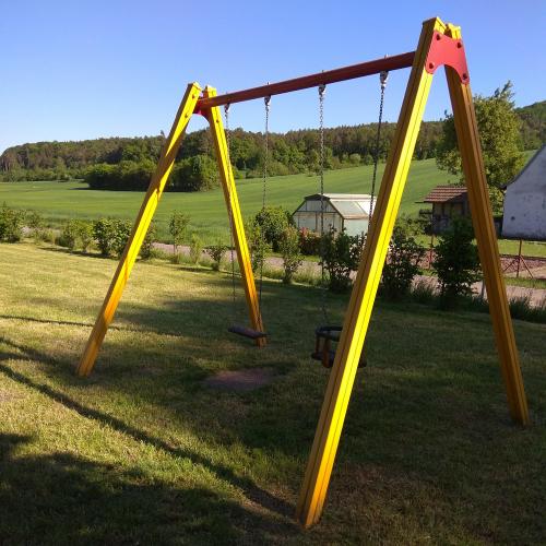 Bild 4: Spielplatz Todtenweisach