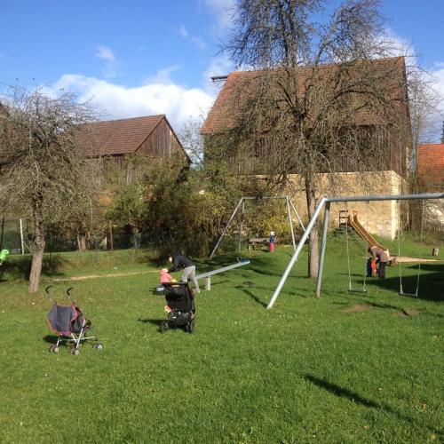 Bild 1: Spielplatz Waischenfelf
