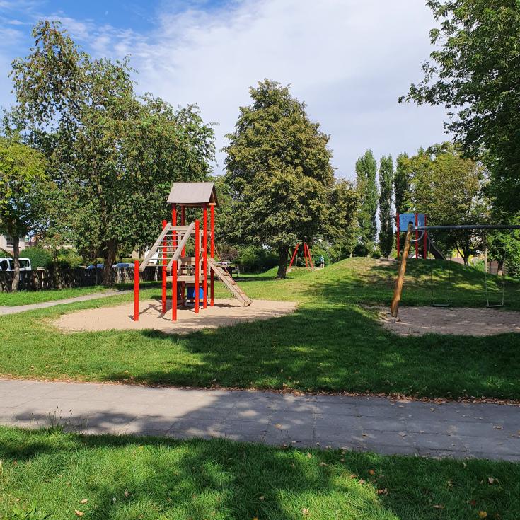 Bild 2: Spielplatz Wehlitz
