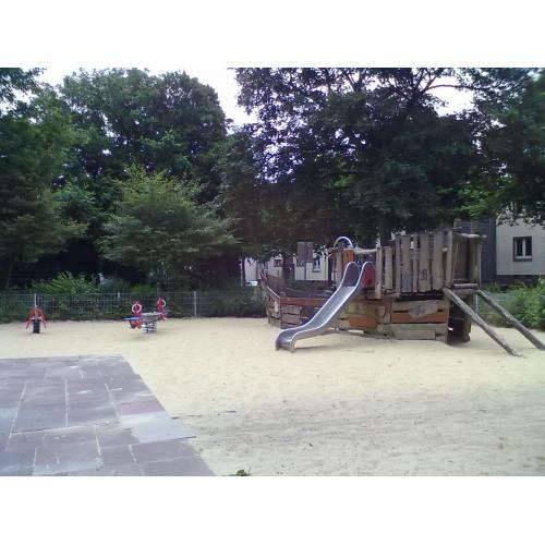 Bild 1: Spielplatz Werdener Straße