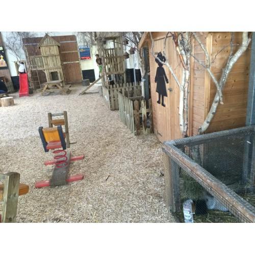 Bild 1: Spielscheune der Schäferei Rolfs
