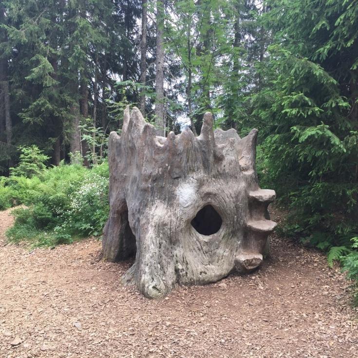 Bild 5: Waldspielplatz beim Wichtelpfad