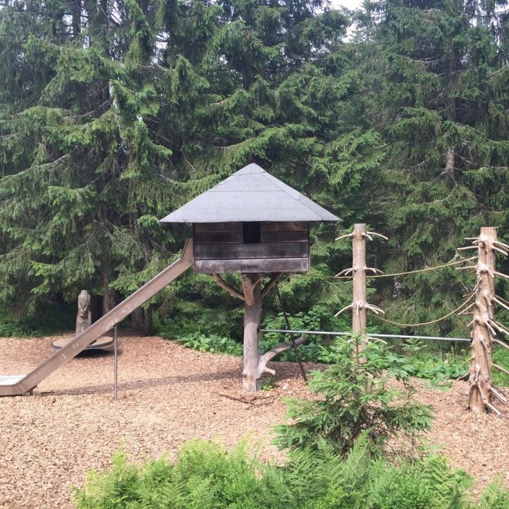 Bild 10: Waldspielplatz beim Wichtelpfad