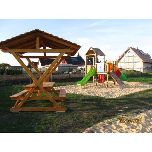Bild 3: Spielplatz Wegeleben